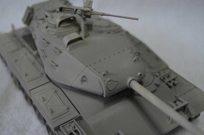 M41 Walker Bulldog (Tamiya 1/35) Véhicule Fini ! Dsc_0036