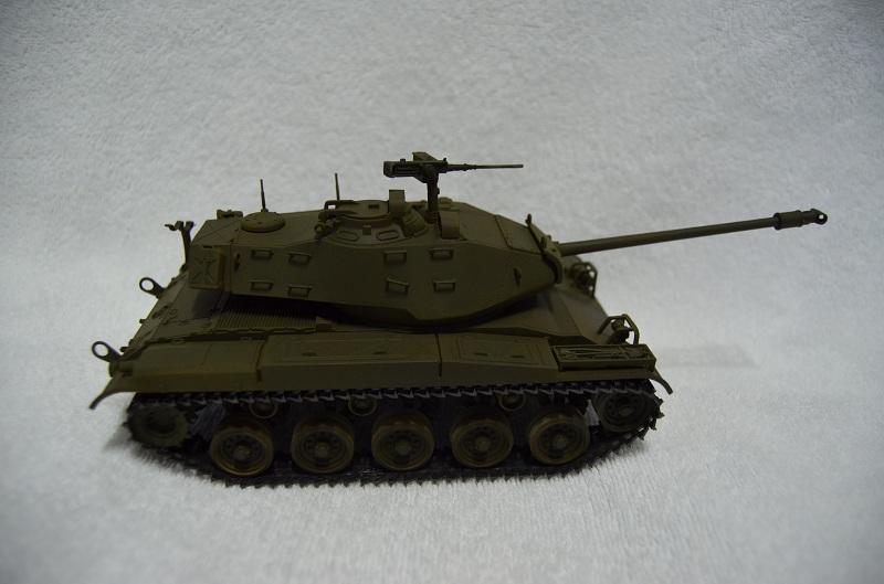 M41 Walker Bulldog (Tamiya 1/35) Véhicule Fini ! Dsc_0050