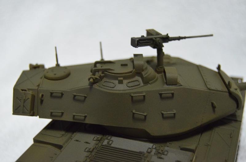 M41 Walker Bulldog (Tamiya 1/35) Véhicule Fini ! Dsc_0051