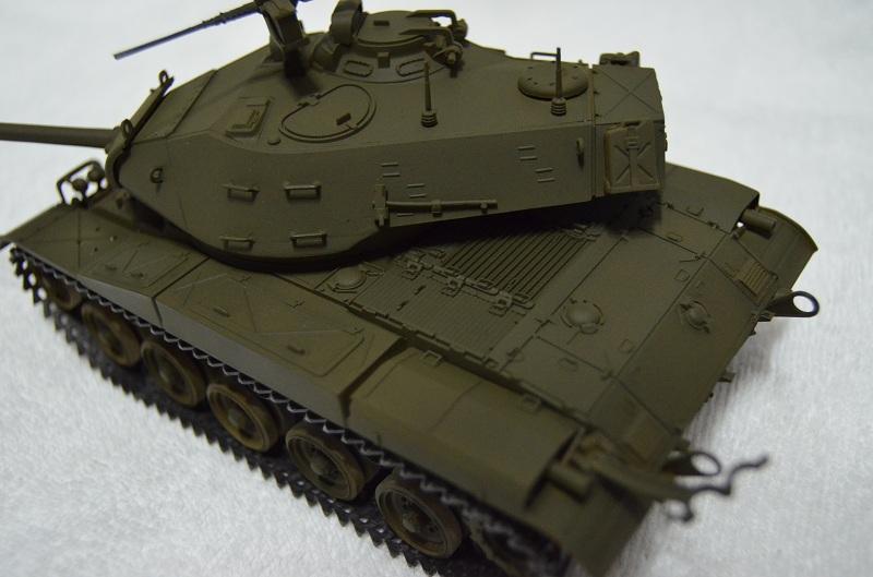 M41 Walker Bulldog (Tamiya 1/35) Véhicule Fini ! Dsc_0055