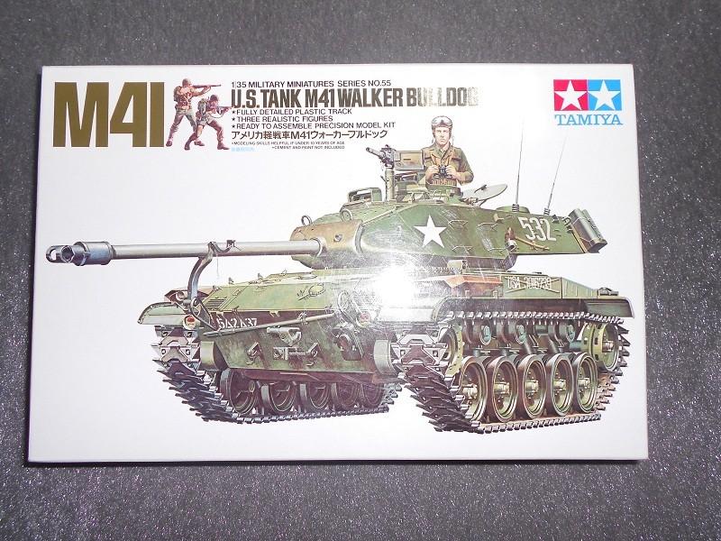 M41 Walker Bulldog (Tamiya 1/35) Véhicule Fini ! Dscn1712