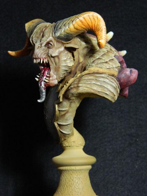 astaroth  buste de tres grande taille pegaso Dscn4216