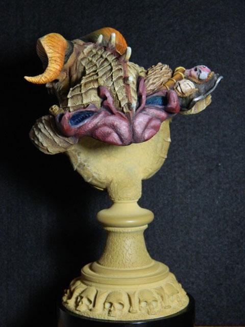 astaroth  buste de tres grande taille pegaso Dscn4219