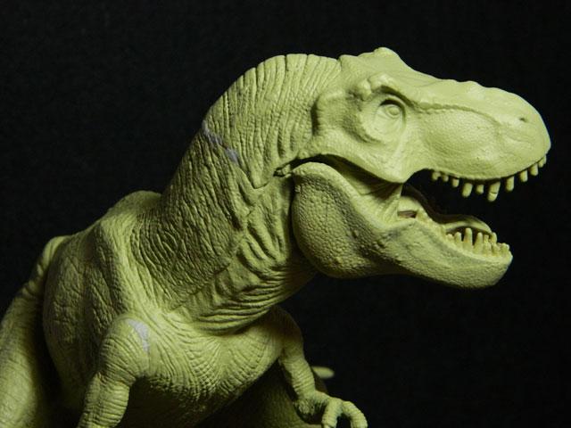 tyrannosaure avec sa proie Dscn4222