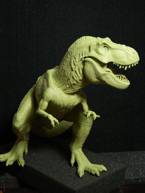 tyrannosaure avec sa proie Dscn4223