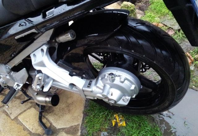 Lèche roue arrière pour FJR 2006  20121212