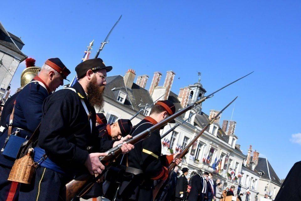 Commémoration du 150 ème anniversaire de la bataille du 18 octobre à Chateaudun 12183110