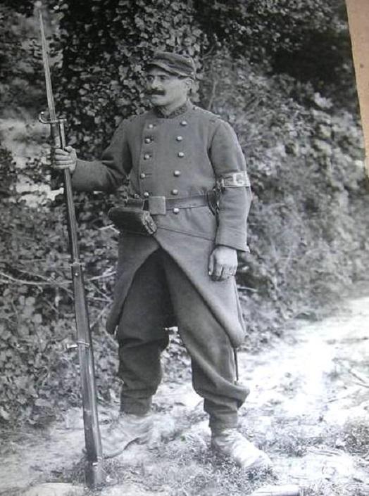 Photo d'un garde territoriale de voie ferrée 1914? 240_0010