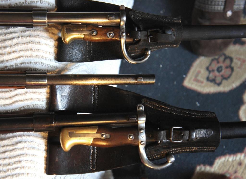 """Des fusils """"scolaires"""" à côté d' un gras colonial Dsc04314"""