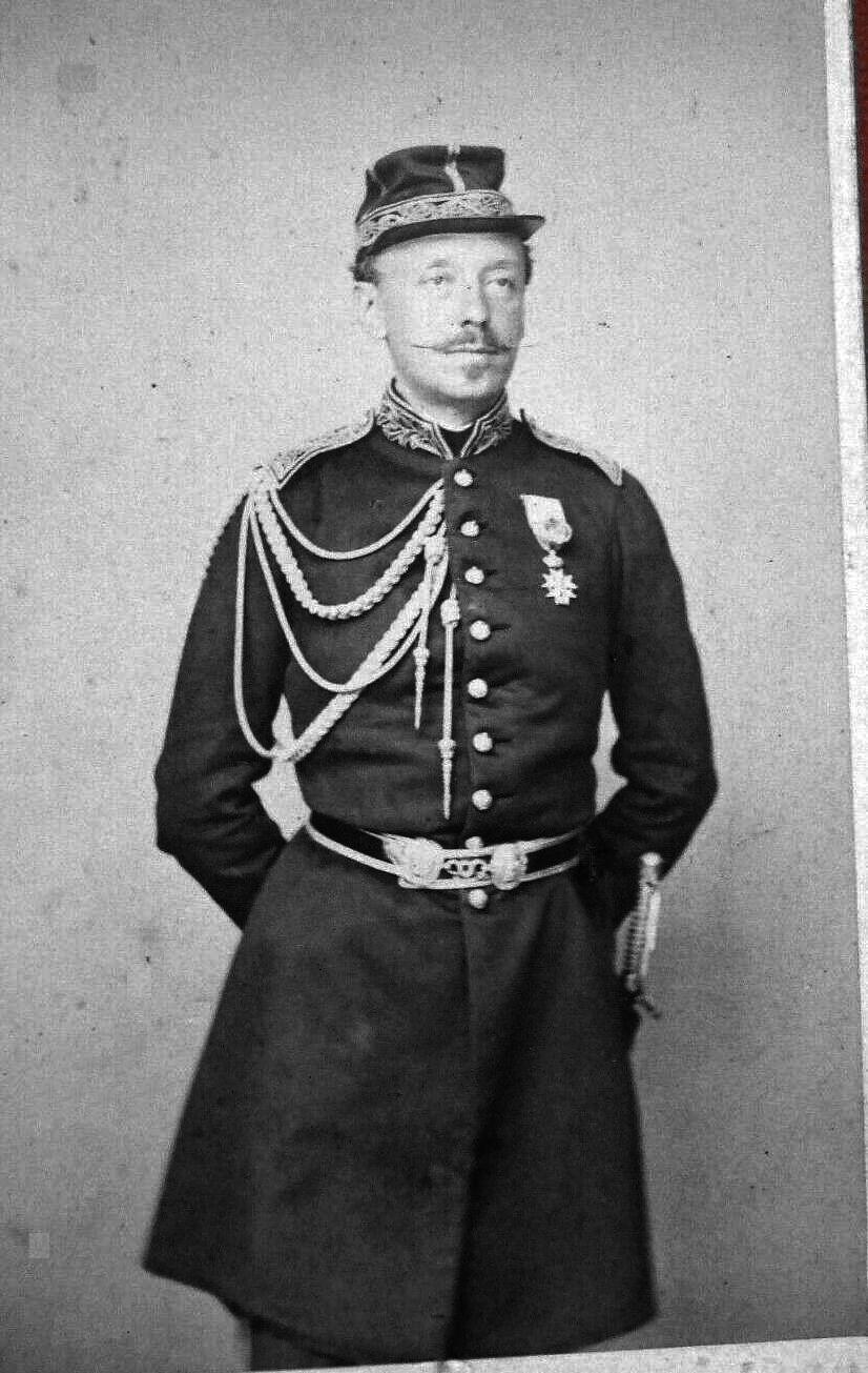 Officier second Empire de quelle arme? Inc_1810