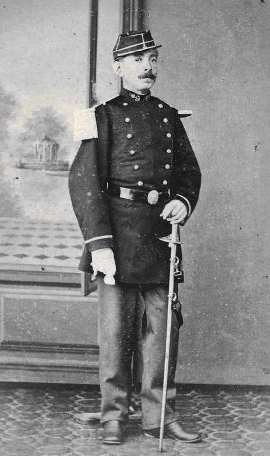 Sous lieutenant de marsouin en  1870? Infant13