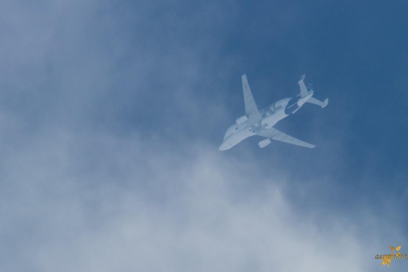 Beluga XL très haut dans le ciel de Rennes Img_6710