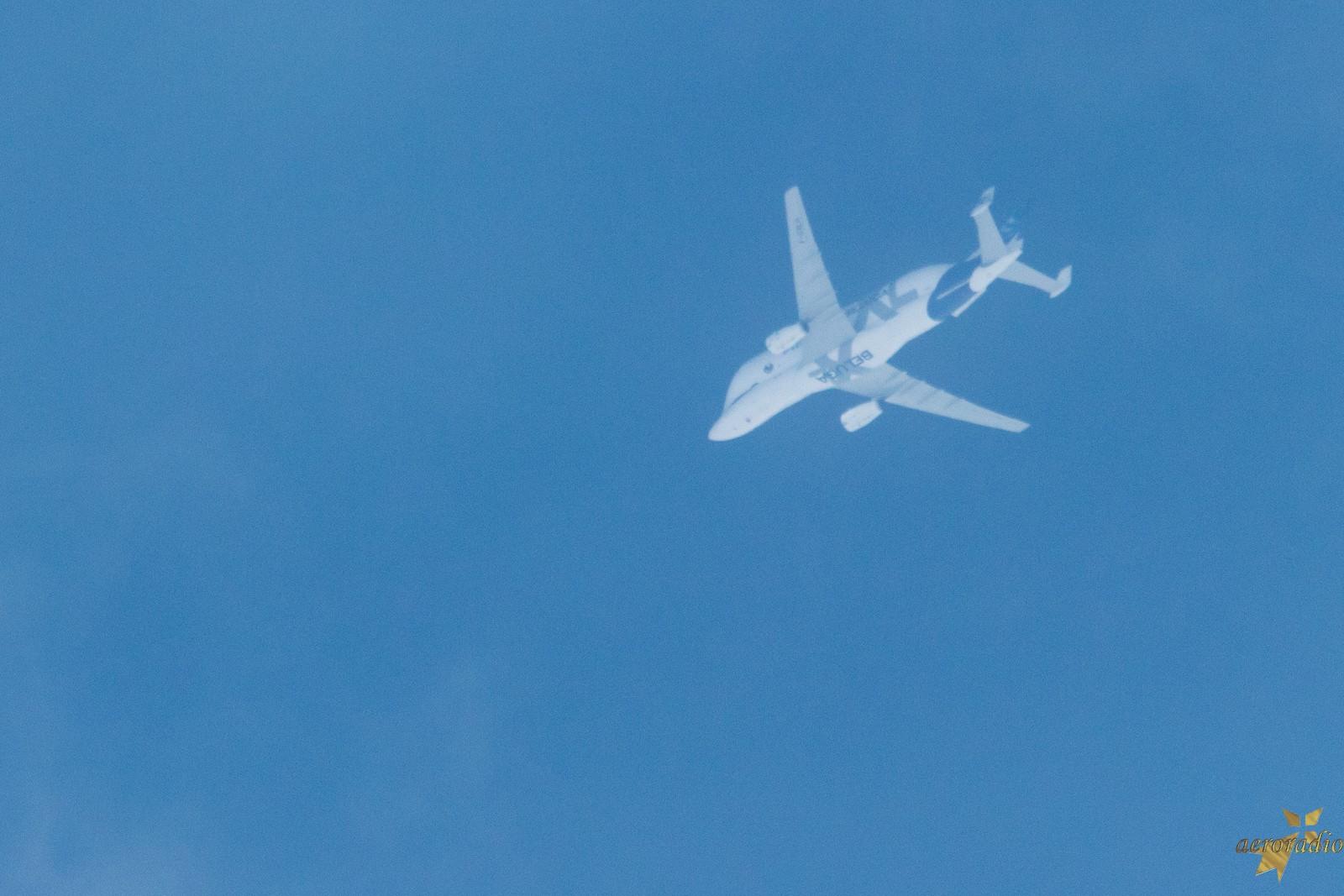 Beluga XL très haut dans le ciel de Rennes Img_6711