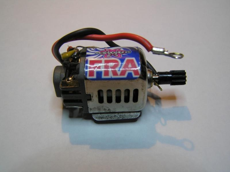 RECHERCHE INFO sur moteur ATOMIC FRA  P1090111