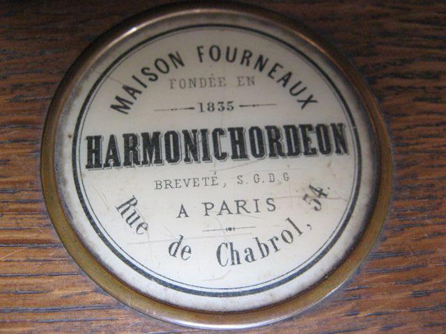"H. Fourneaux avec ""Harmonichordéon"" Harmon13"