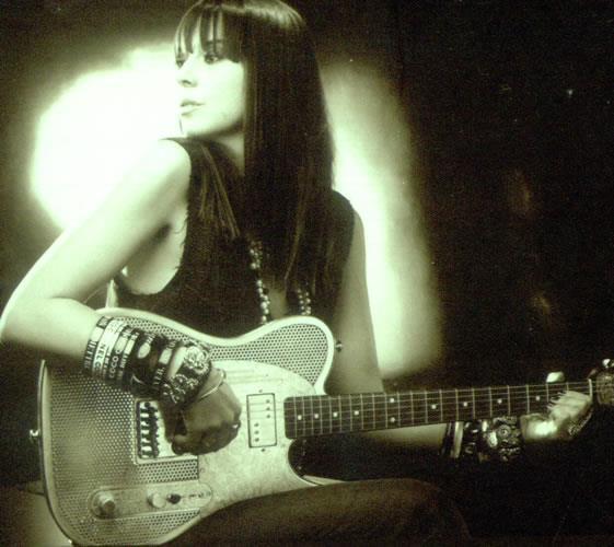 Chan's Guitars 2310