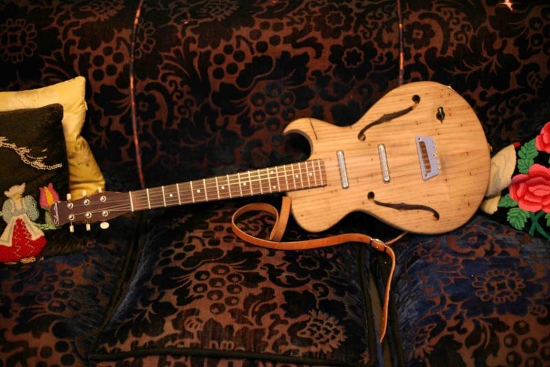Chan's Guitars Changu10