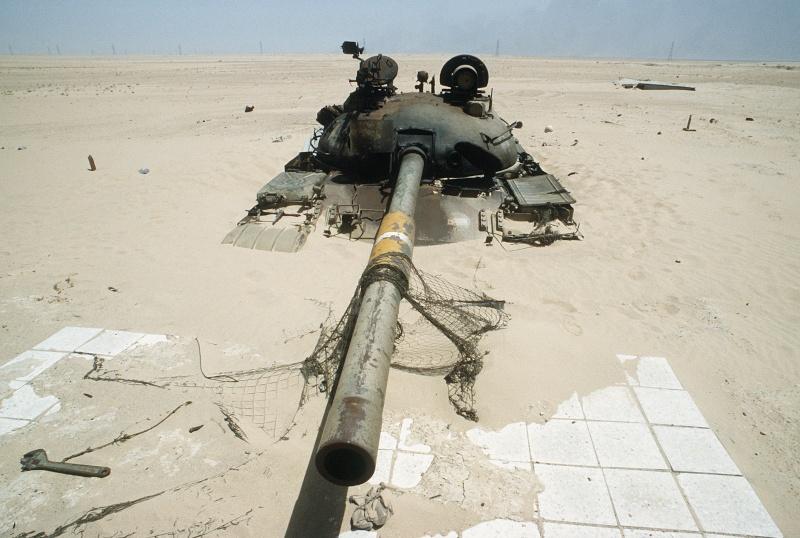 T-62 irakien (kit récuperé !!!!) - Page 5 Iraqi_10