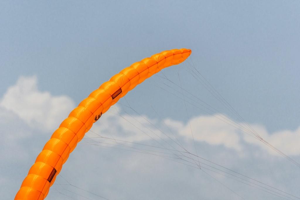 Nouveau kite de Race Ozone R1V4  10441210