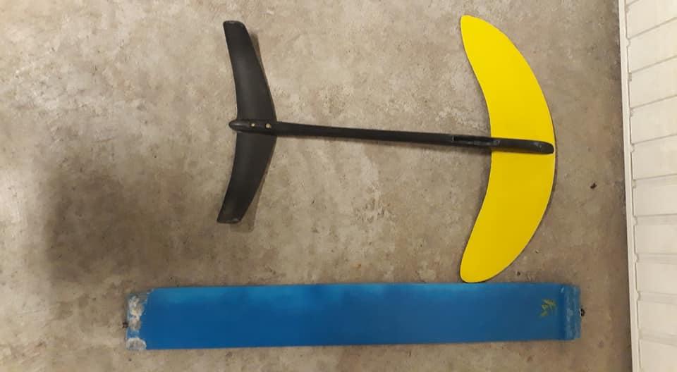 [Vendue] Proto kitefoil Francky 520 Euros à débattre 12027210