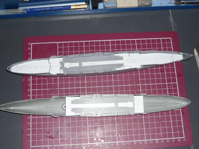 Bau der SMS Emden und Dresden P1040972
