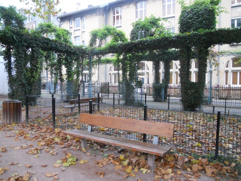 2012-10-24 Balade : Parc Holker rue Anatole France Dscn9216