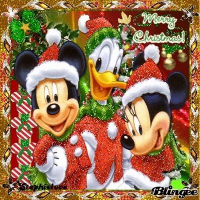 Le Père Noël est arrivé au royaume avec sa hotte remplie de cadeaux Stephi10