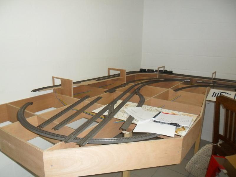 mon projet de gare terminus belge - Page 11 Sam_0613