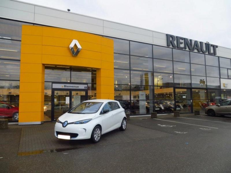 Renault teste la charge de Zoé sur les bornes de ses concessionnaires Zoa_gr11