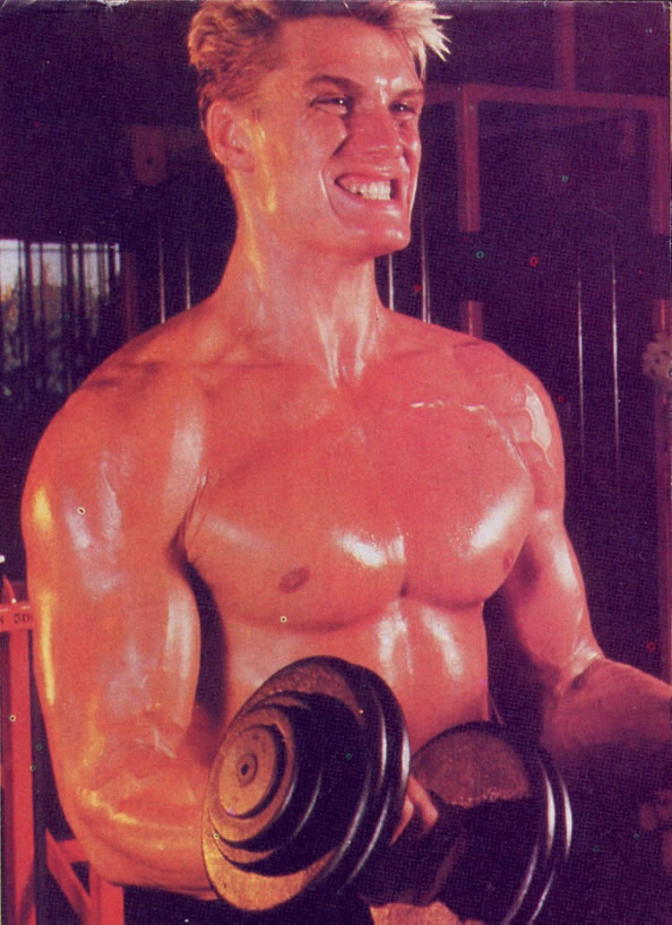 DOLPH LUNDGREN - Page 34 Dolph310