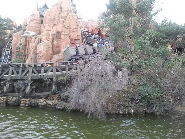 Séjour du 16 au 18 décembre 2012 au séquoia lodge + 1 journée magique - Page 2 Photo028