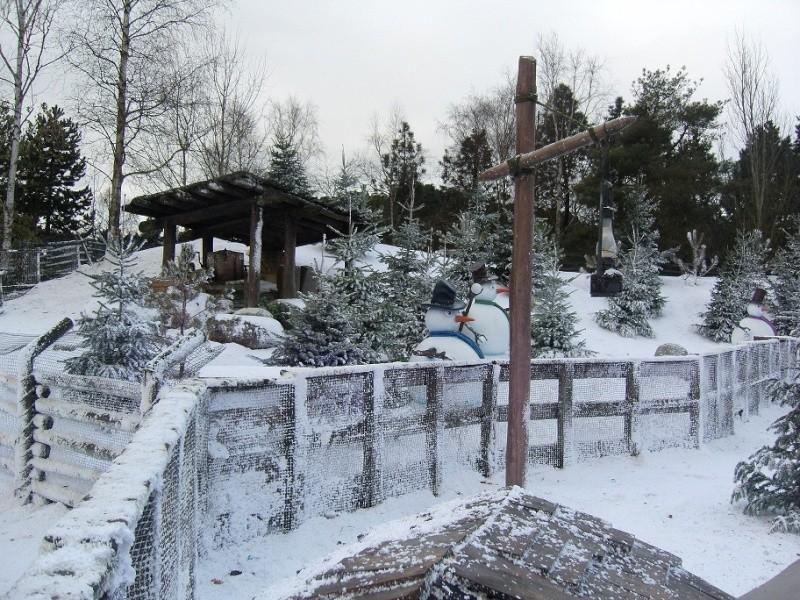 Séjour du 16 au 18 décembre 2012 au séquoia lodge + 1 journée magique - Page 2 Sn151014