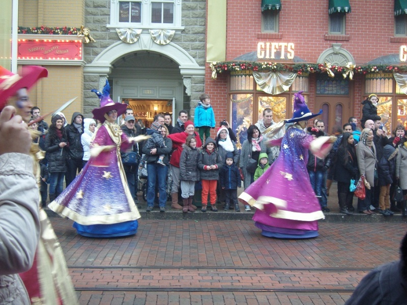 Séjour du 16 au 18 décembre 2012 au séquoia lodge + 1 journée magique - Page 2 Sn151015