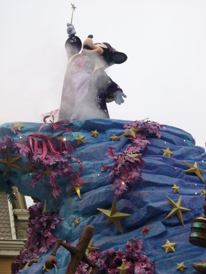 Séjour du 16 au 18 décembre 2012 au séquoia lodge + 1 journée magique - Page 2 Sn151017