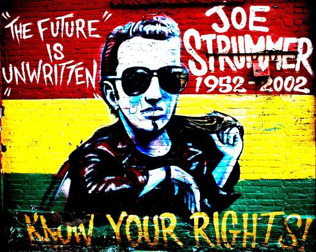 Dopo 10 anni un omaggio..  Joe Strummer Joe-st13