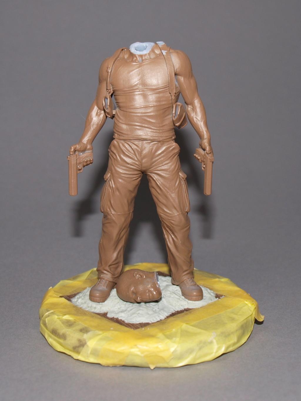 Bruce Willis - John McClane als 120 mm Figur Bw_110