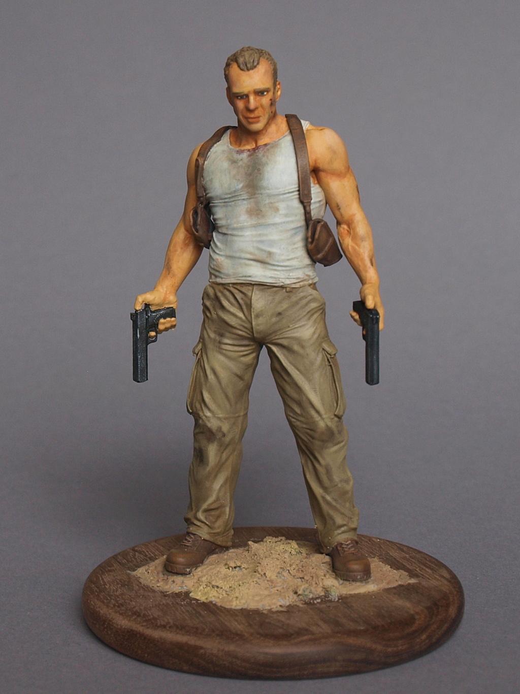 Bruce Willis - John McClane als 120 mm Figur Bw_1510