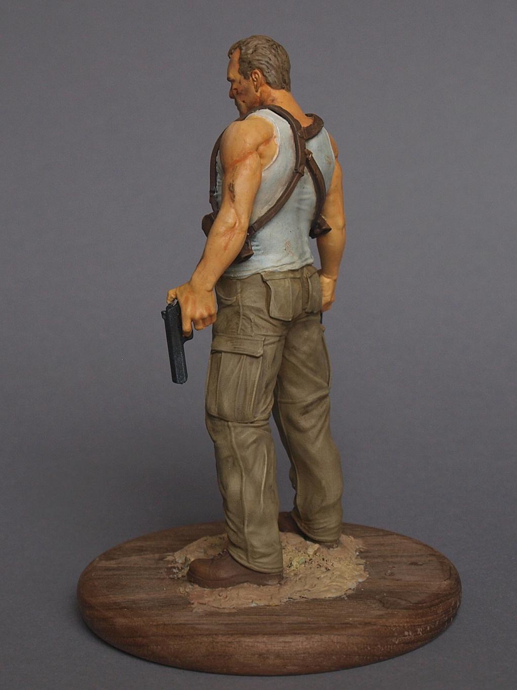 Bruce Willis - John McClane als 120 mm Figur Bw_1610