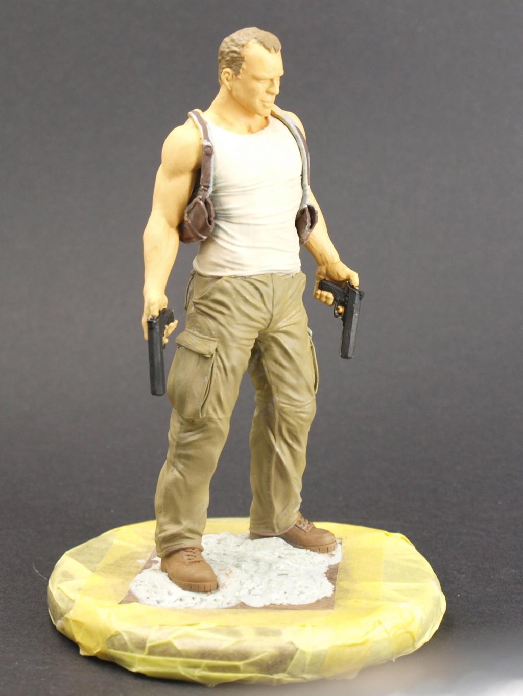 Bruce Willis - John McClane als 120 mm Figur Bw_510