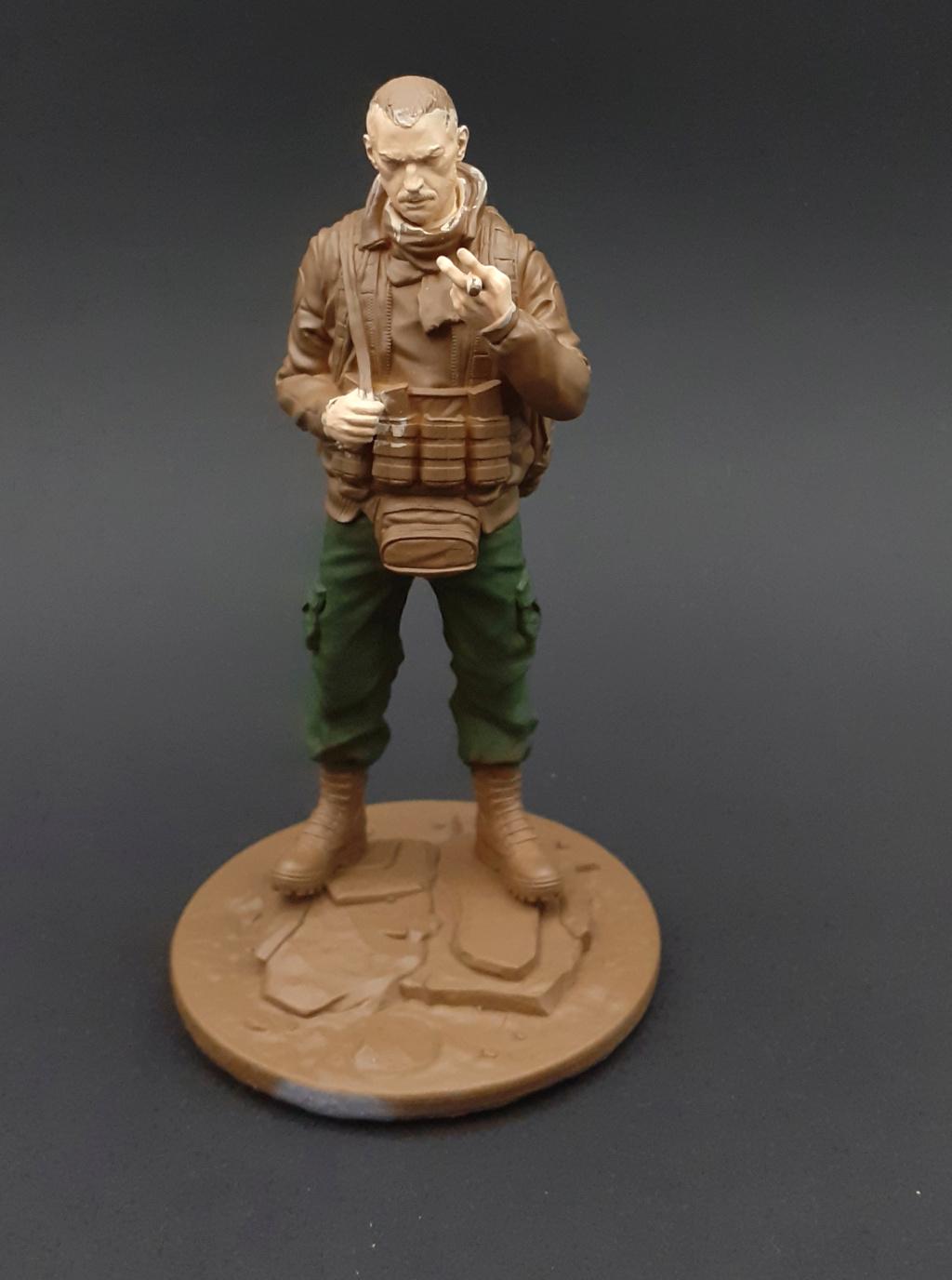 """Soldat aus """"Escape from Tarkow"""" - 120 mm Escape11"""
