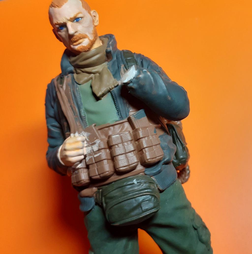 """Soldat aus """"Escape from Tarkow"""" - 120 mm Escape14"""