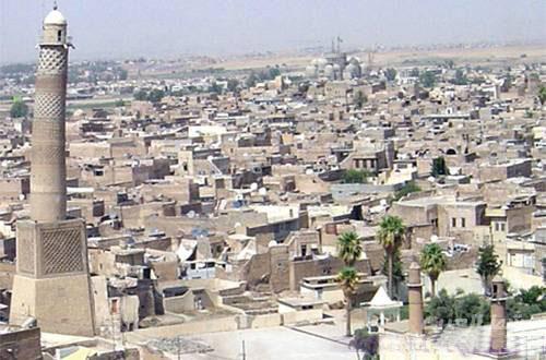 الجامع النوري الكبير Manara10