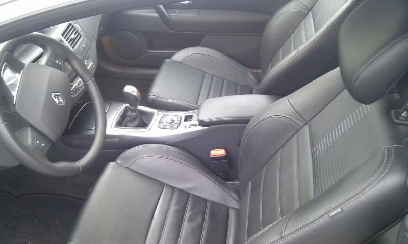 [audison] Laguna III.1 coupé Black édition 2.0 dci 150 - Page 14 511
