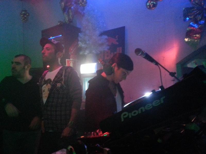 [EVENT] DJ SET La Taverne- 29.12.12  - Page 3 20121210