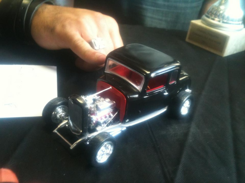 Concours du club : Ford 32, kit Revell 1/25 210