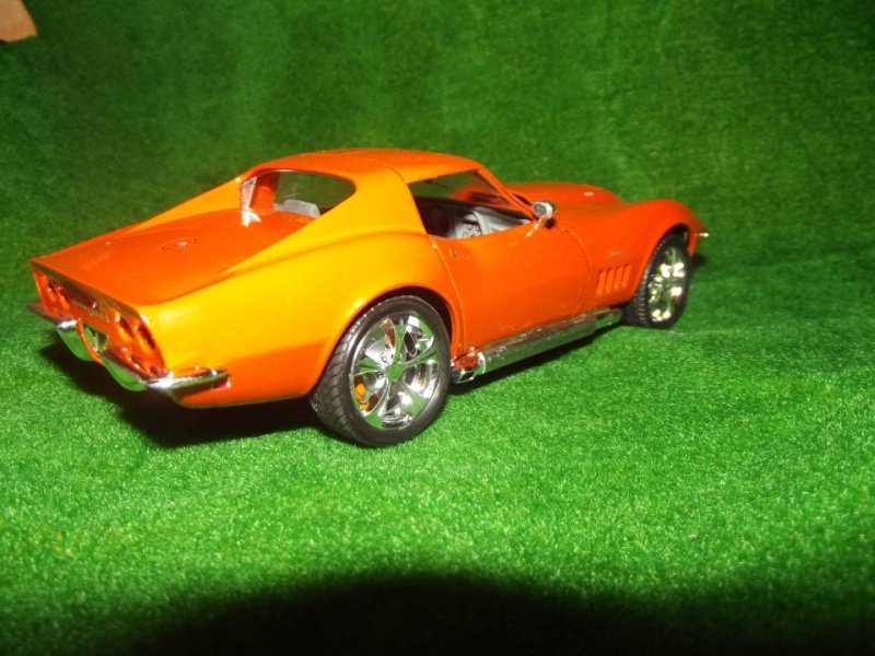 Corvette Stingray par Alex, kit AMT au 1/25 C110