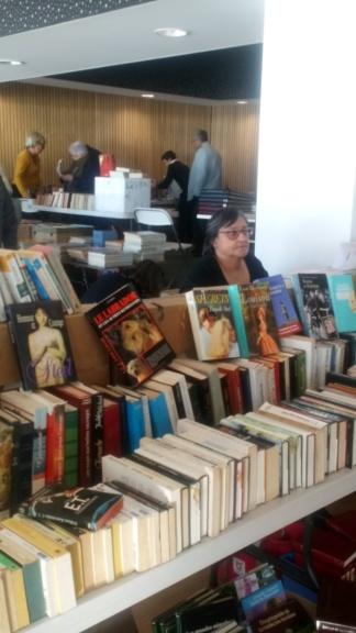 Bourse aux livres à la Tranche sur Mer le 27 et 28 Octobre Dsc_0317