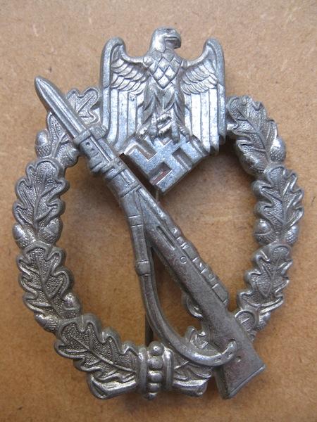 Badge Heer infanterie à authentifier pour un membre Image10