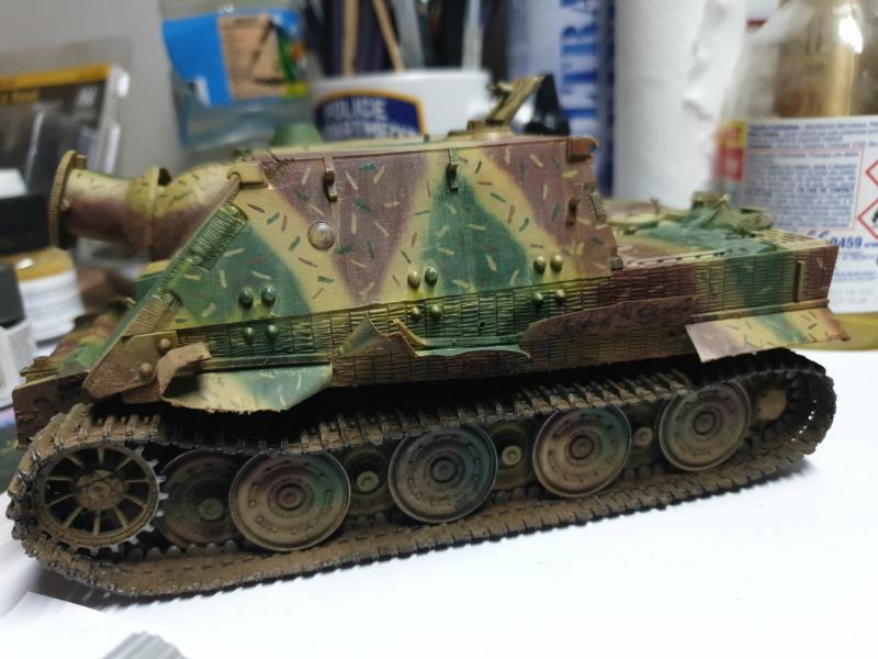 Sturmmörser Tiger - Italeri 1/35 Mise a jour le 25/11 - Page 5 Img-2159