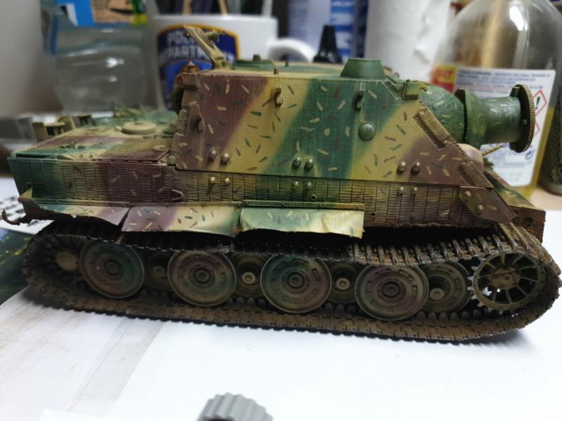 Sturmmörser Tiger - Italeri 1/35 Mise a jour le 25/11 - Page 5 Img-2160